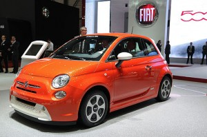2013 Fiat 500e Electric (estimated 87 miles on a single charge; as of May 2013, only available in California) image courtesy of Norbert Aepli,  derivative work Mariordo / CC-BY-SA-3.0